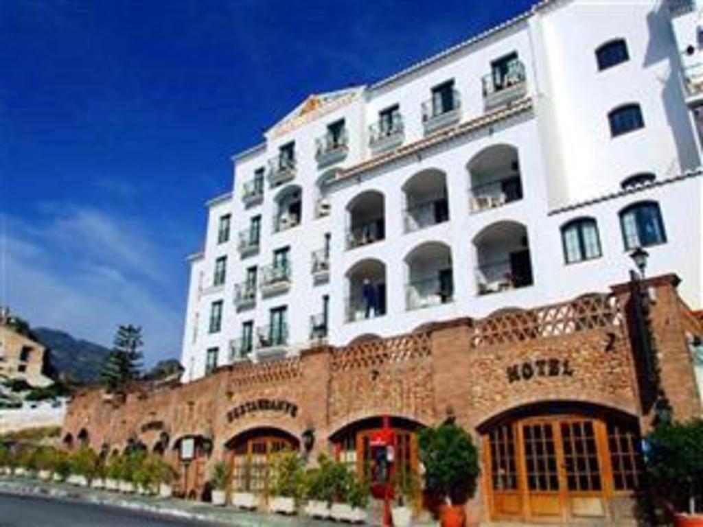 Best Price on Hotel Villa Frigiliana in Nerja + Reviews!