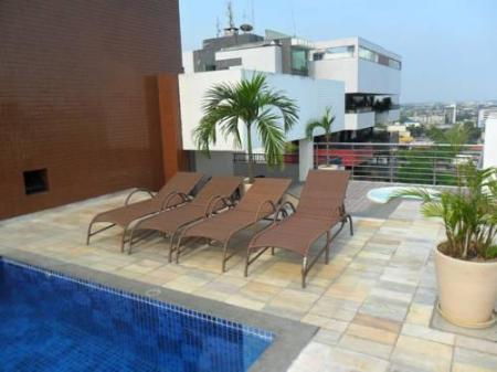 Piscina Hotel Adrianopolis All Suites