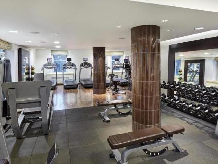 Fitness center The Waldorf Towers Hotel