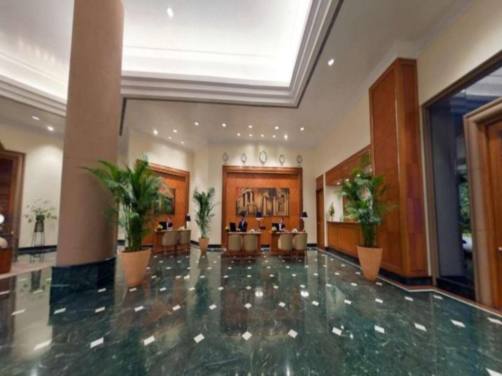Lobby The Oberoi Bengaluru