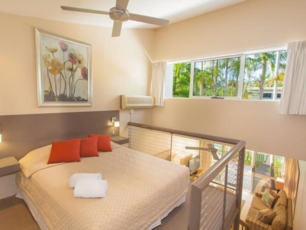 1 Bedroom Garden View - Guestroom Caribbean Noosa Resort
