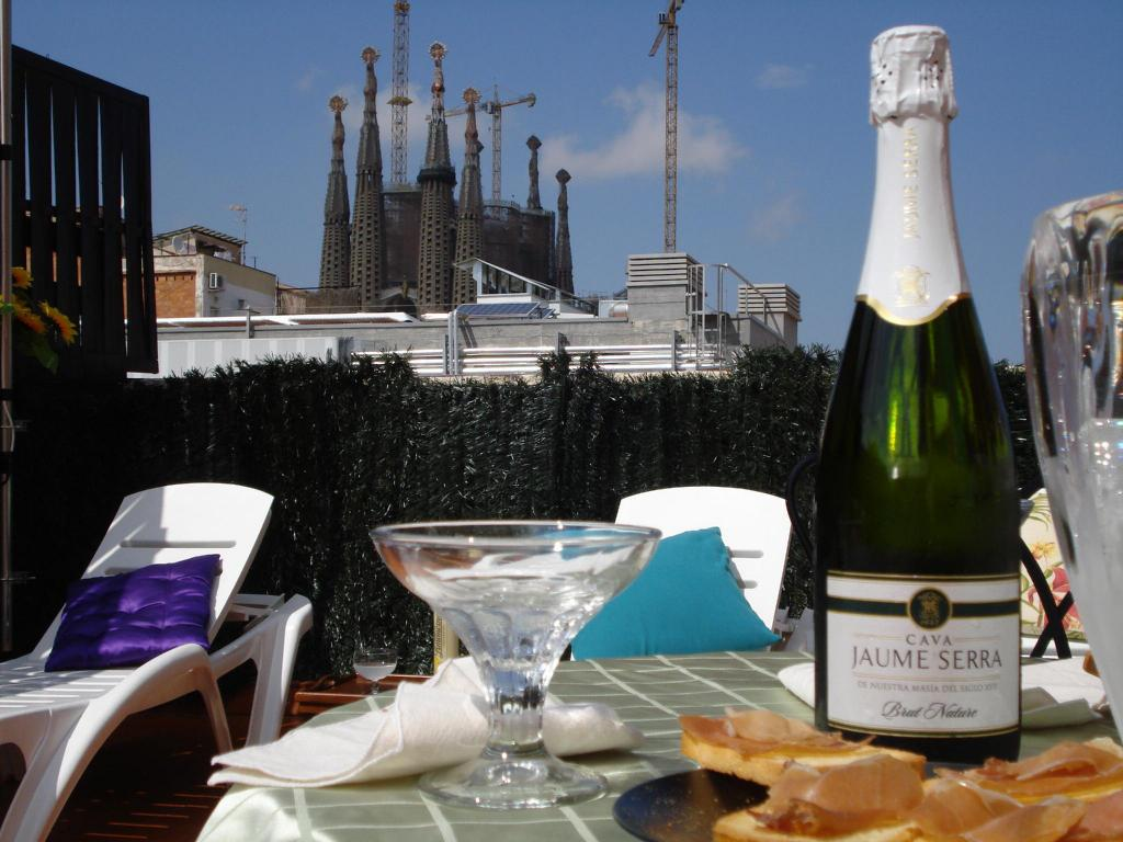 More About Luxury Apartment Sagrada Familia