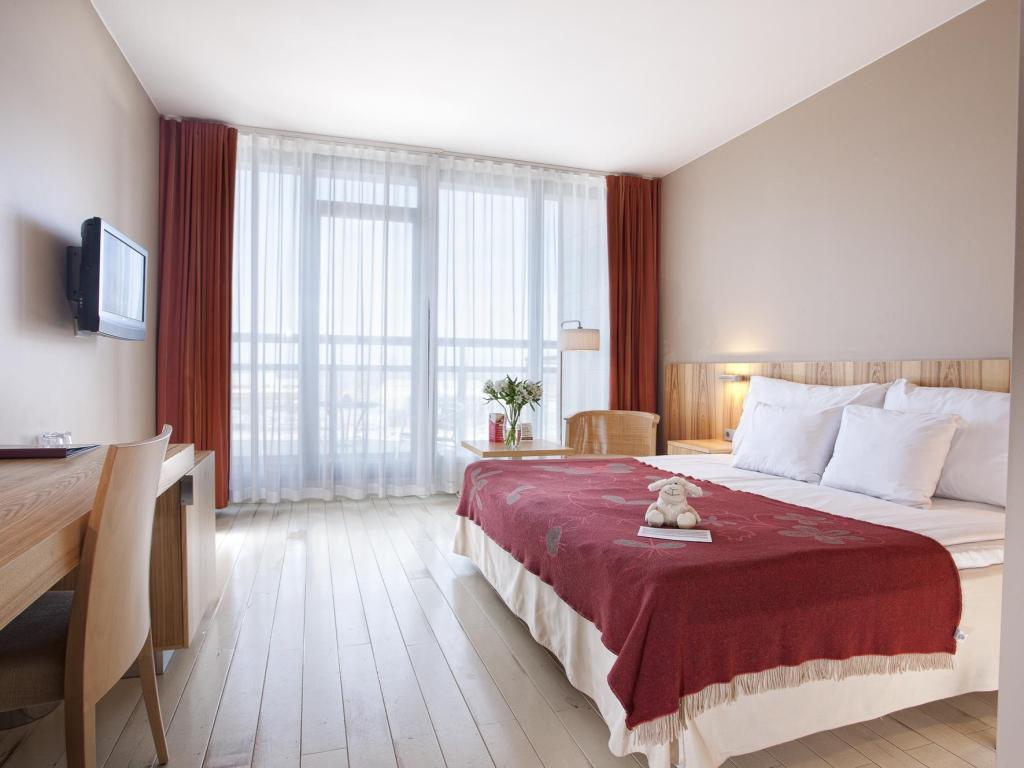 Superior Double Or Twin Room with Balcony - Guestroom Hestia Hotel Europa