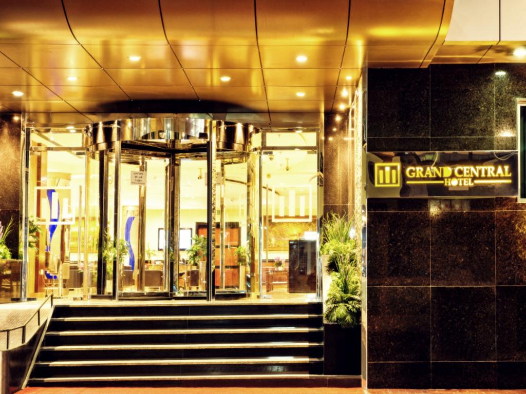 book grand central hotel in dubai united arab emirates. Black Bedroom Furniture Sets. Home Design Ideas