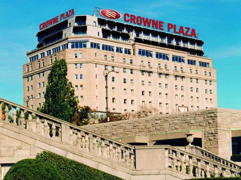 More about Crowne Plaza Hotel-Niagara Falls/Falls View