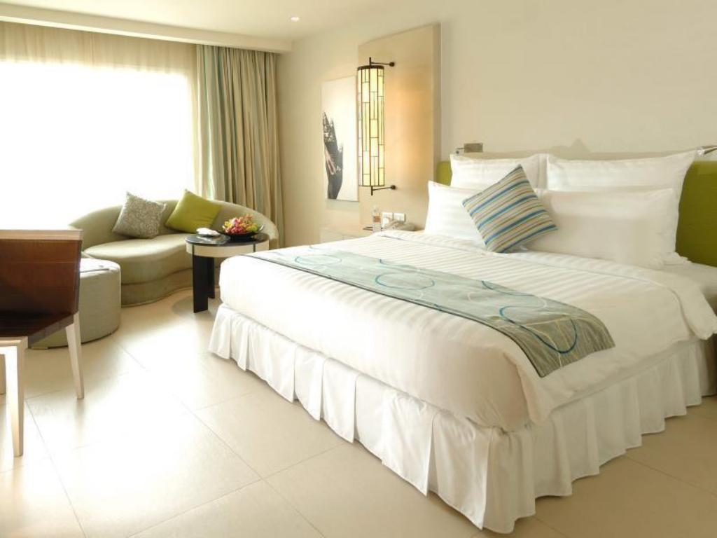 Superior - Bed Millennium Resort Patong Phuket