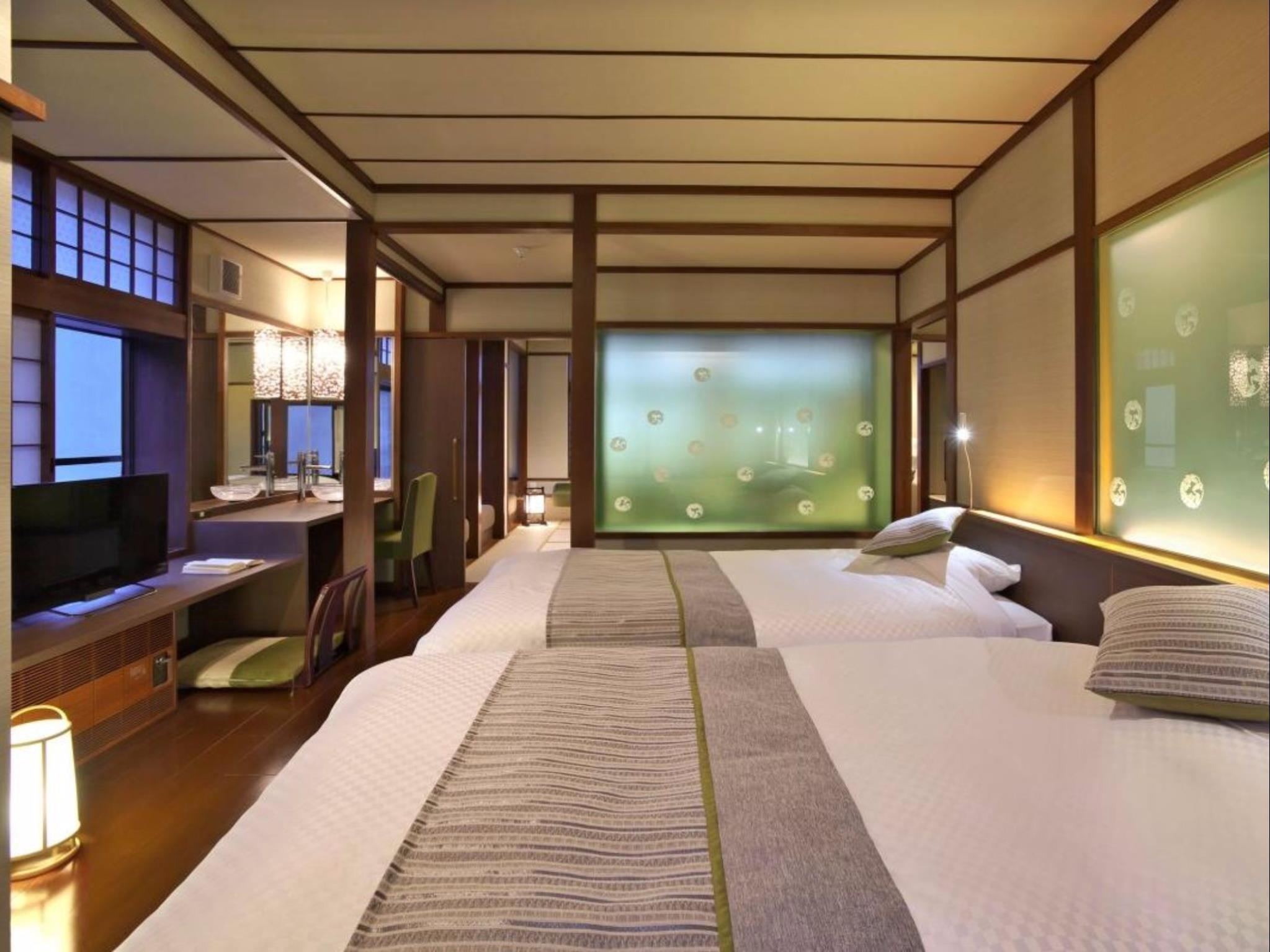 Watasuge Superior Twin Room with Tatami Area - Non-Smoking