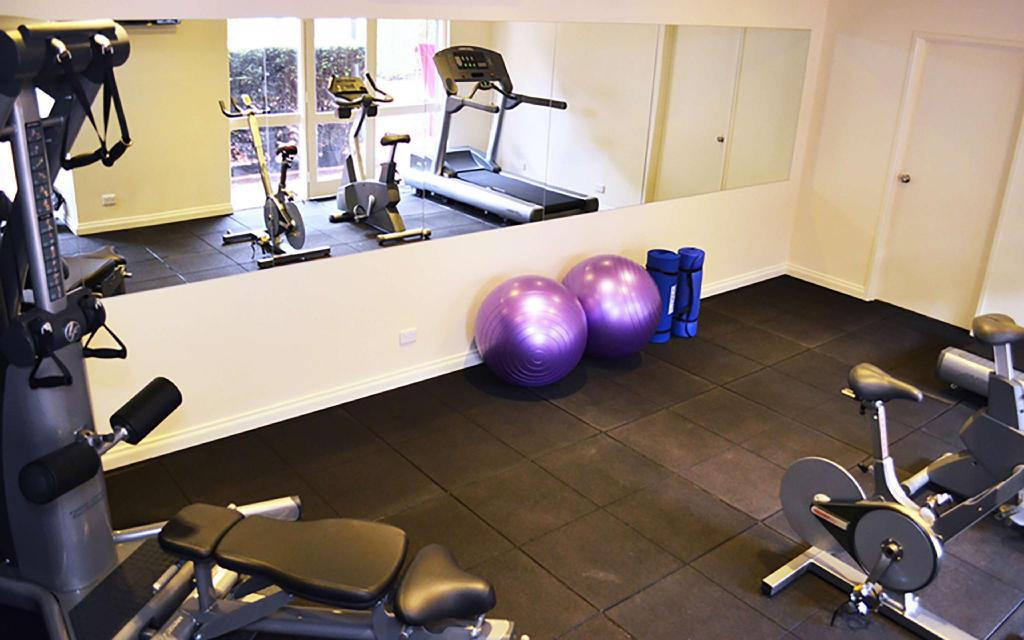 Fitness center Best Western Plus Buckingham International