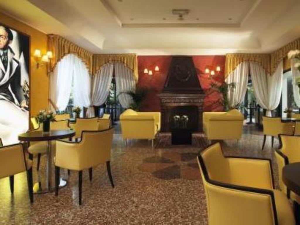 Interior view Savoia Hotel Country House Bologna