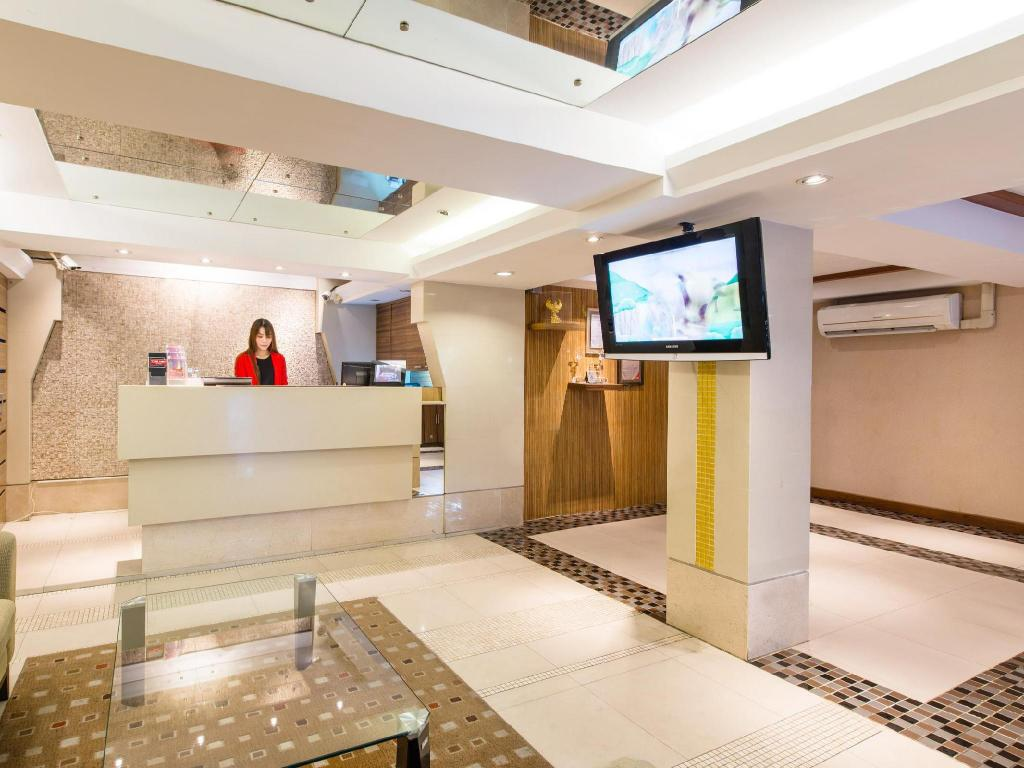 Lobby The Key Sukhumvit Bangkok by Compass Hospitality