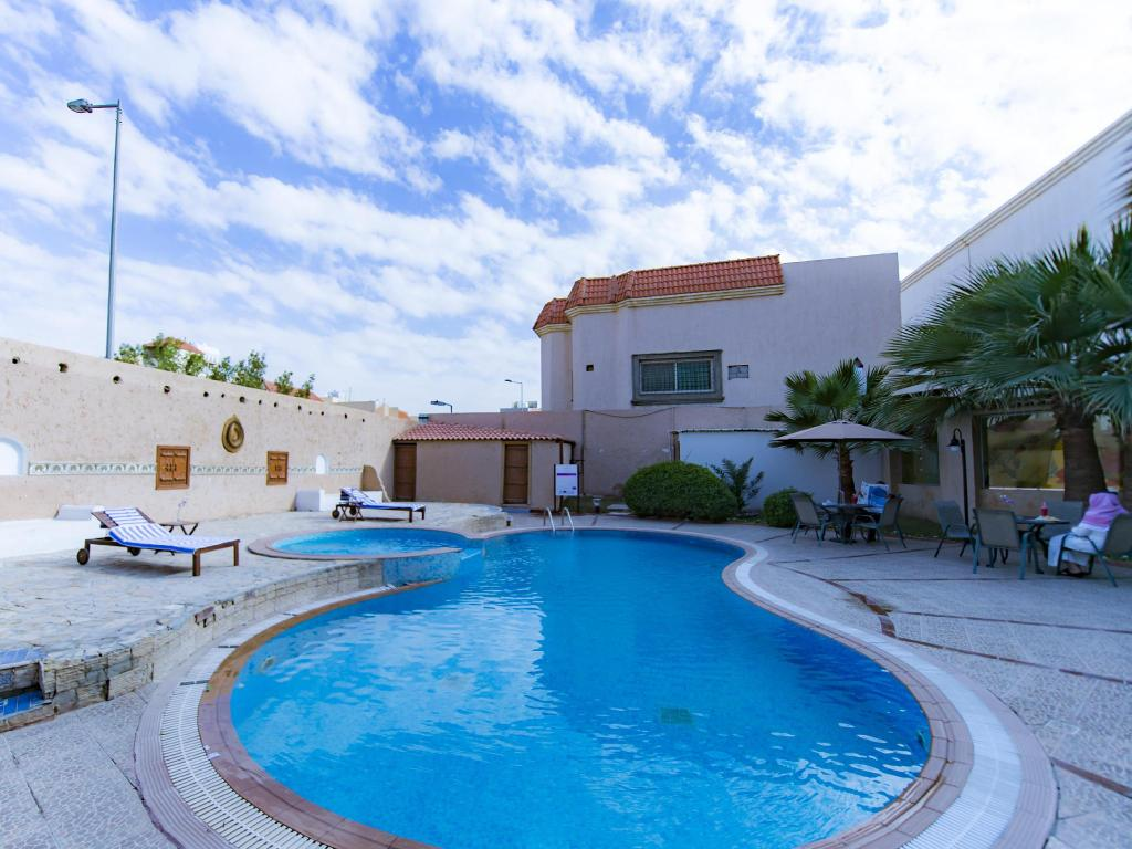 Piscina Boudl Al Fayha'A Apartment