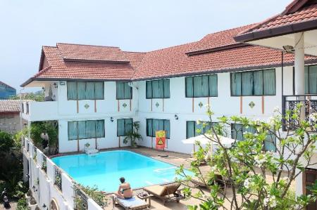 Swimming pool [outdoor] Eurana Boutique Hotel