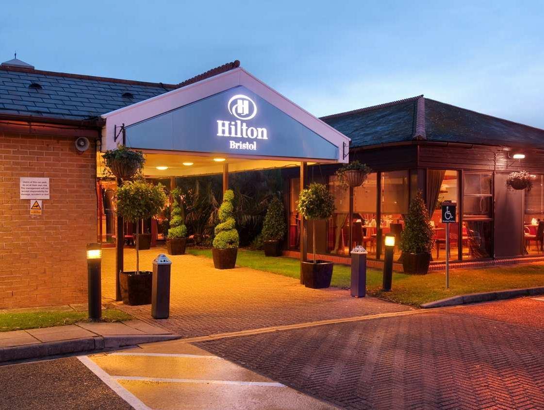 DoubleTree by Hilton Hotel Bristol North Bristol. Sista