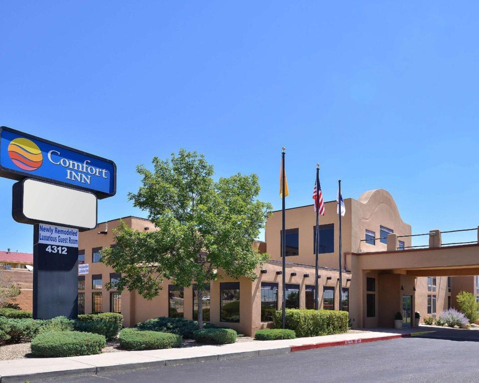 comfort inn santa fe hotel santa fe nm deals photos reviews comfort inn santa fe hotel santa fe