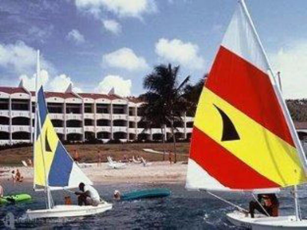 Mere om Club St. Croix Beach and Tennis Resort
