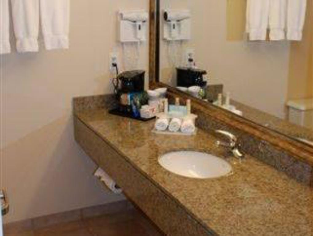 Bathroom Holiday Inn Express Vancouver Airport-Richmond