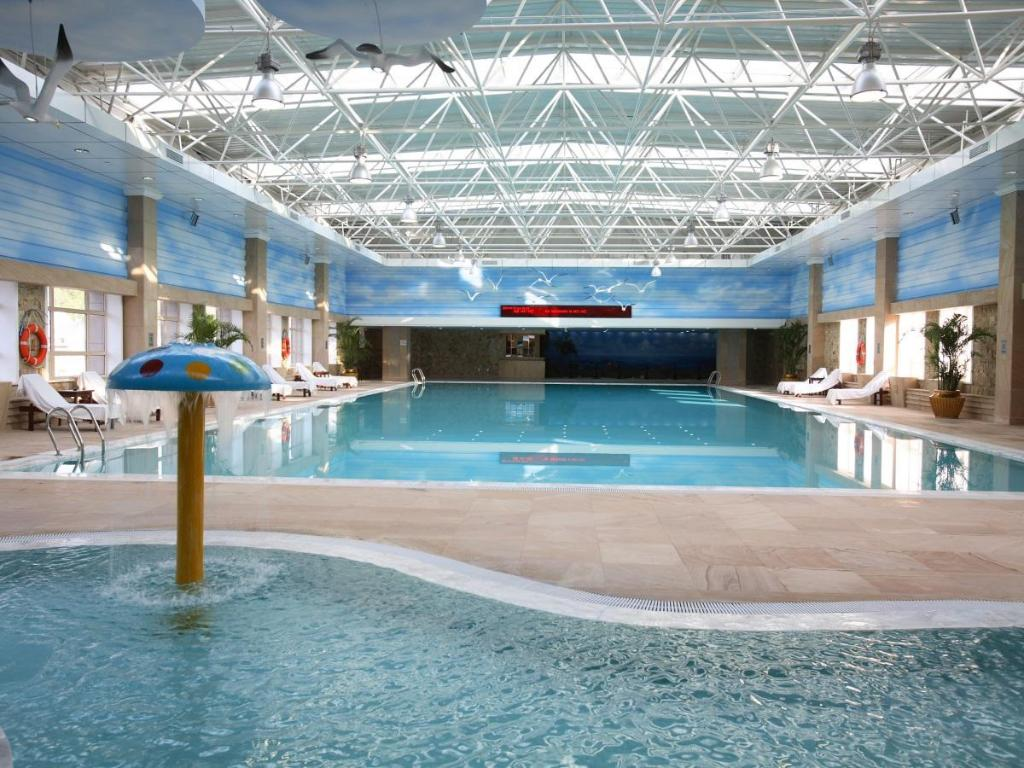 Swimming pool Teda Dalian