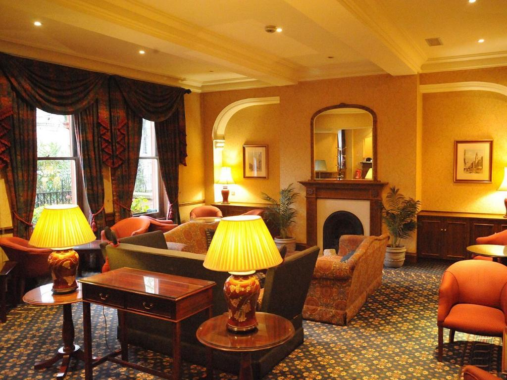 Westland Hotel in London - Room Deals, Photos & Reviews