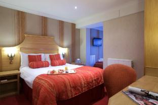 Hallmark Hotel Warrington
