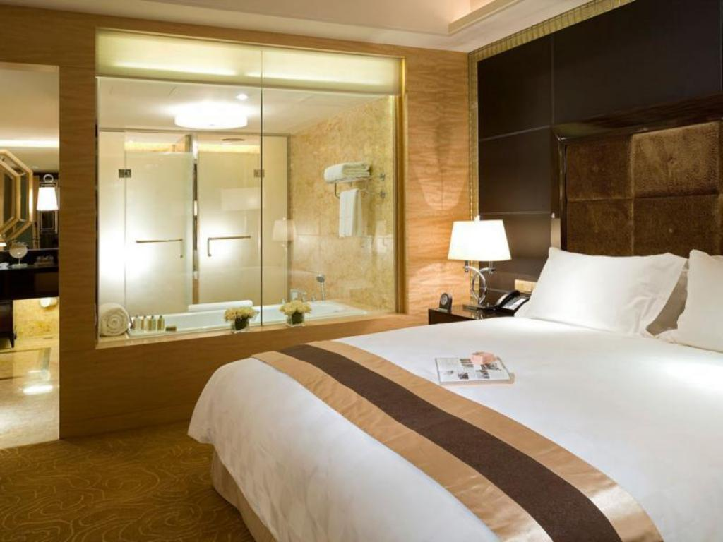 Luxury King Room Club Sofitel - Bed Sofitel Harbin Hotel