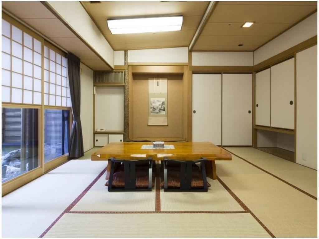 Japanese-style Room with Indoor Hot Spring Bath - ห้องพัก