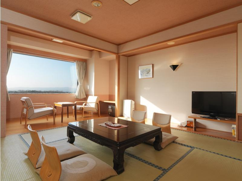 Japanese-style Room (Tower Wing)