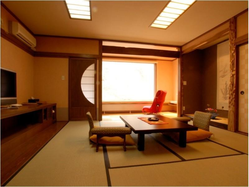 本館和室(和ベッド) (Japanese-style Room (Japanese Beds, Main Building))