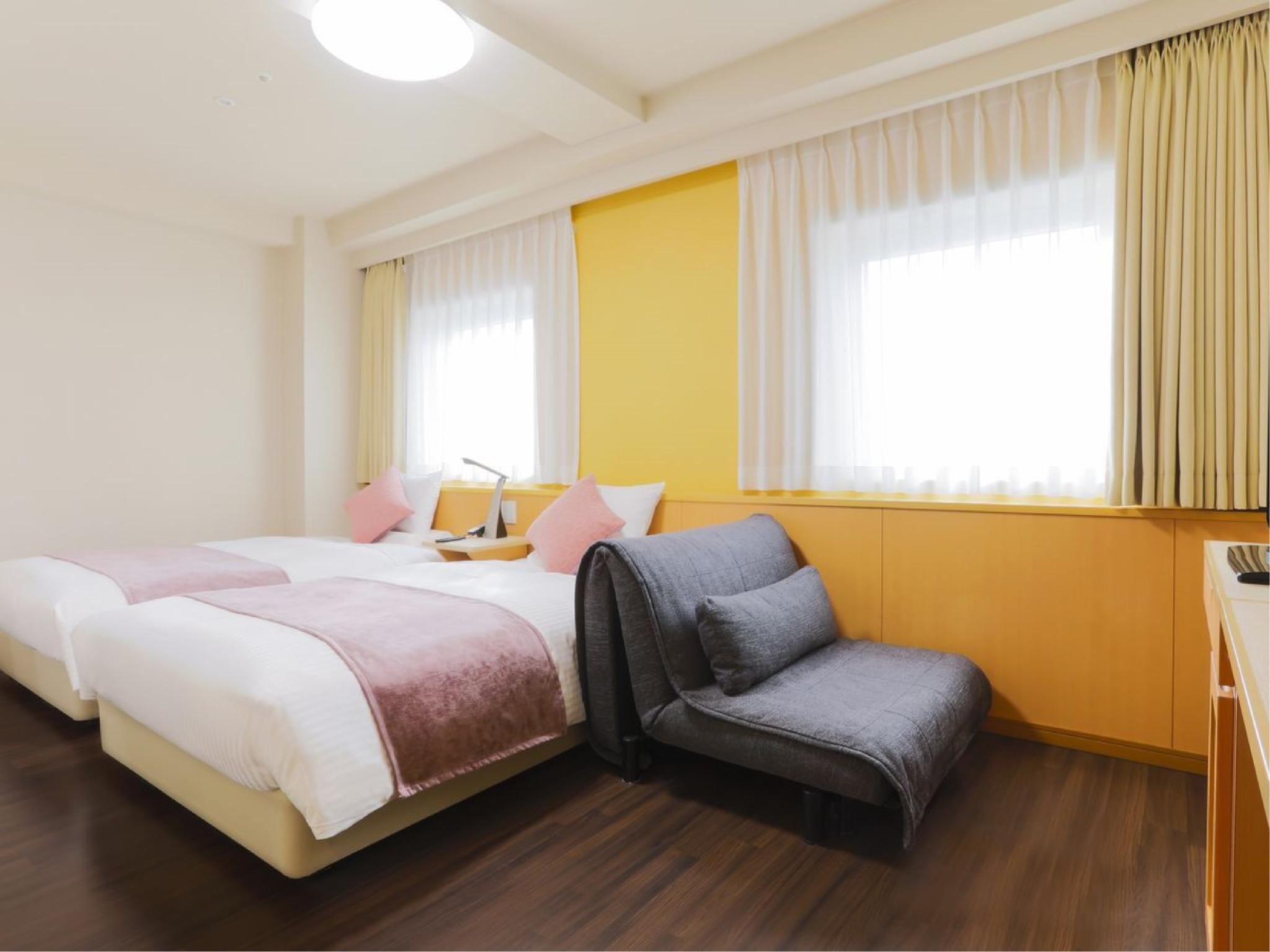 高层 精致双人双床房 ※不占床儿童免费 (Superior Twin Room (Upper Floors) *Free child bed sharing)