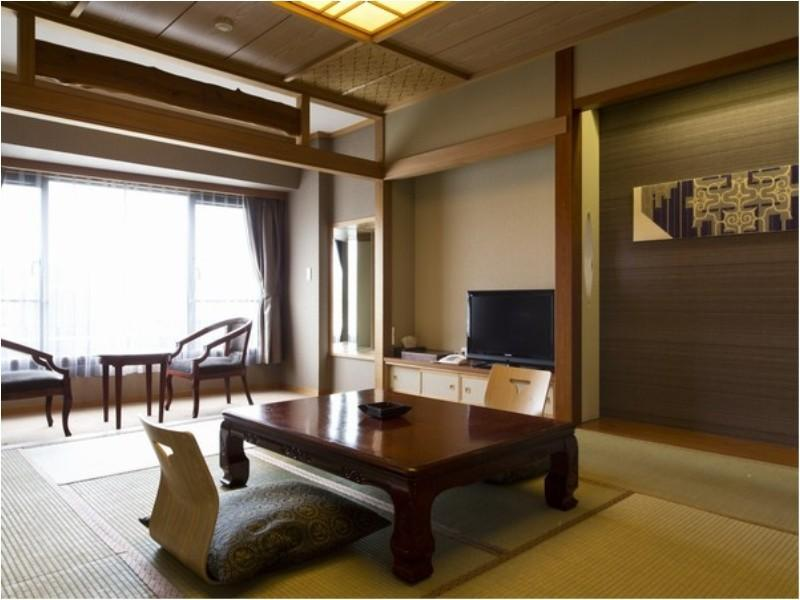 和式房(有浴室) (Japanese-style Room *Has bath)