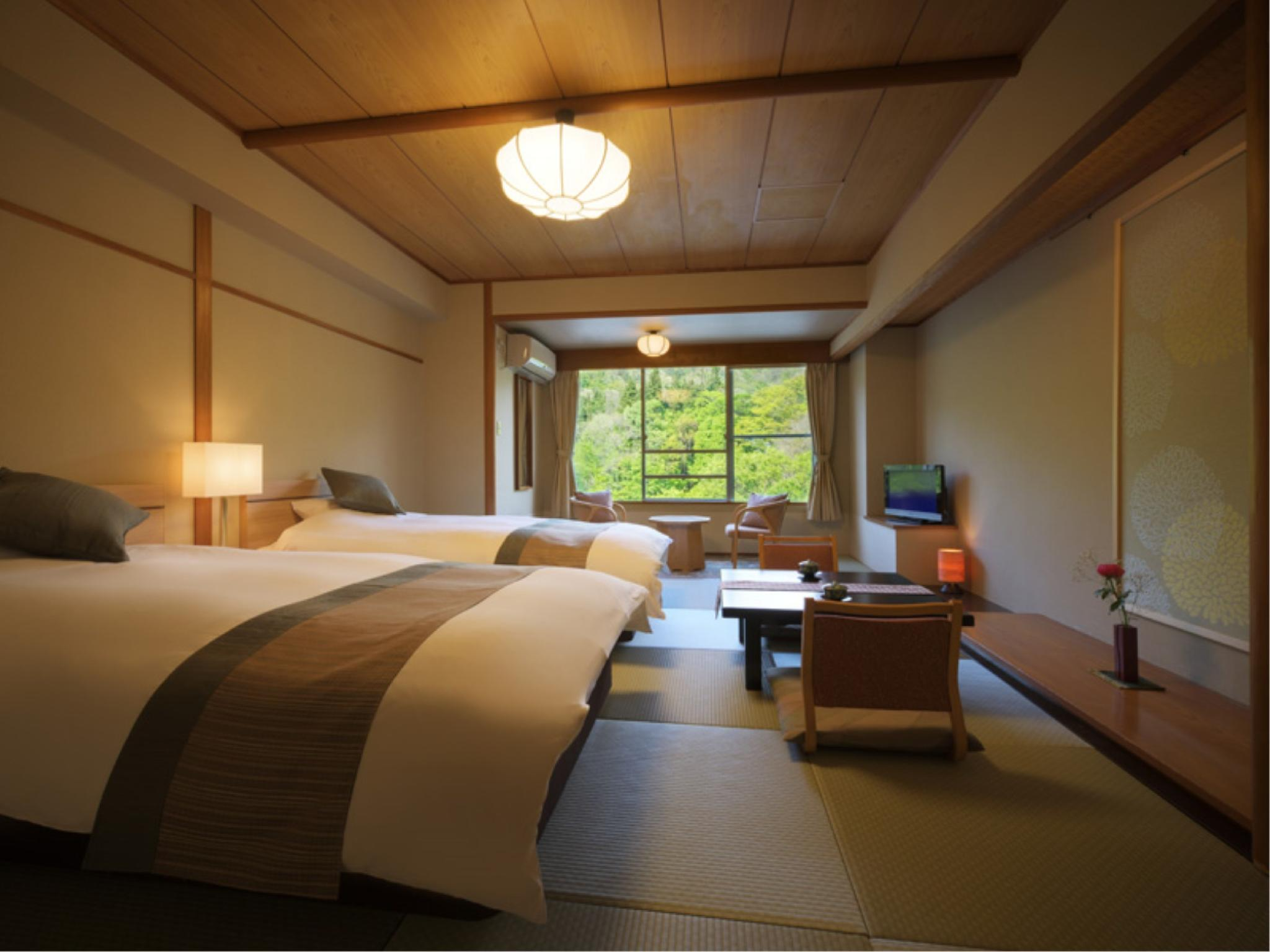 Modern Japanese-style Twin Room with Bed(s) (Tsuki-Kanmuri Type)