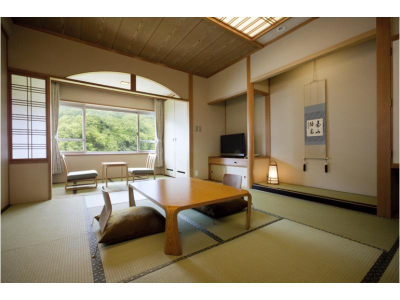 日式房(西翼) (West Wing Japanese Style Room)