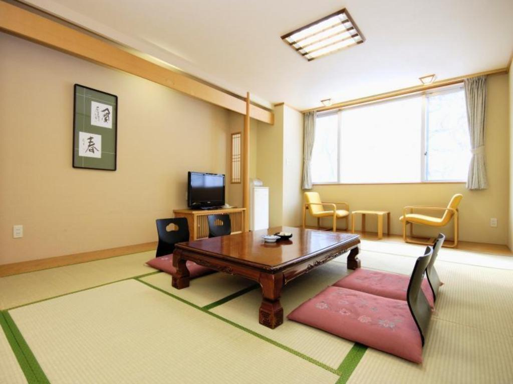 Japanese Style Room - Guestroom Sounkyo Onsen Choyo Resort Hotel