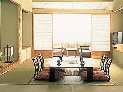 Japanese-style Room (Main Building) (Meal: Japanese-style Meal / Served in Guestroom)