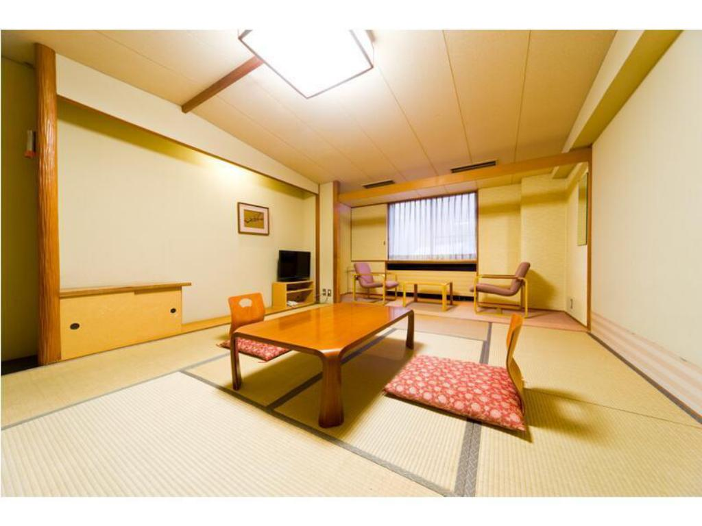 Japanese-style Room (West Wing) <Meal: Buffet Meal / Served at Restaurant> - Guestroom