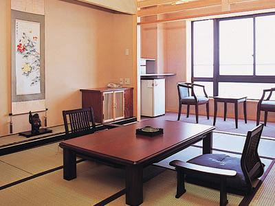 다다미 객실(서관) (West Wing Japanese Style Room)