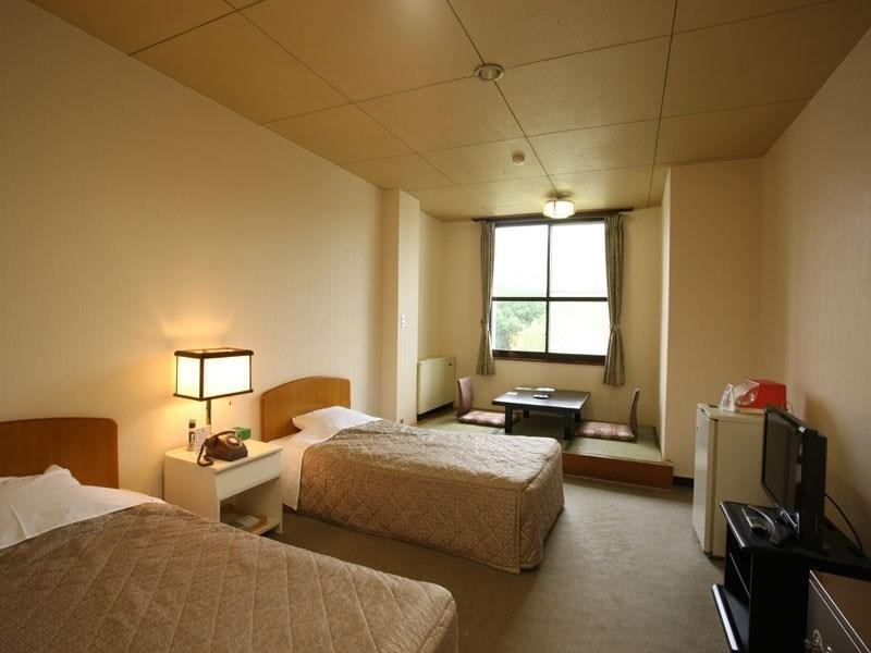 双人双床房 ※浴室未改装 (Twin Room *Bathroom not refurbished)