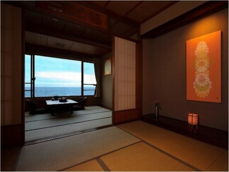 Japanese-style Room with Open-air Bath (Hanatsuki Annex)