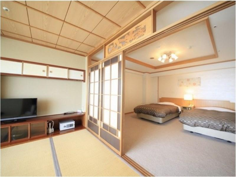 Twin Room with Open-air Bath (Hanatsuki Annex)