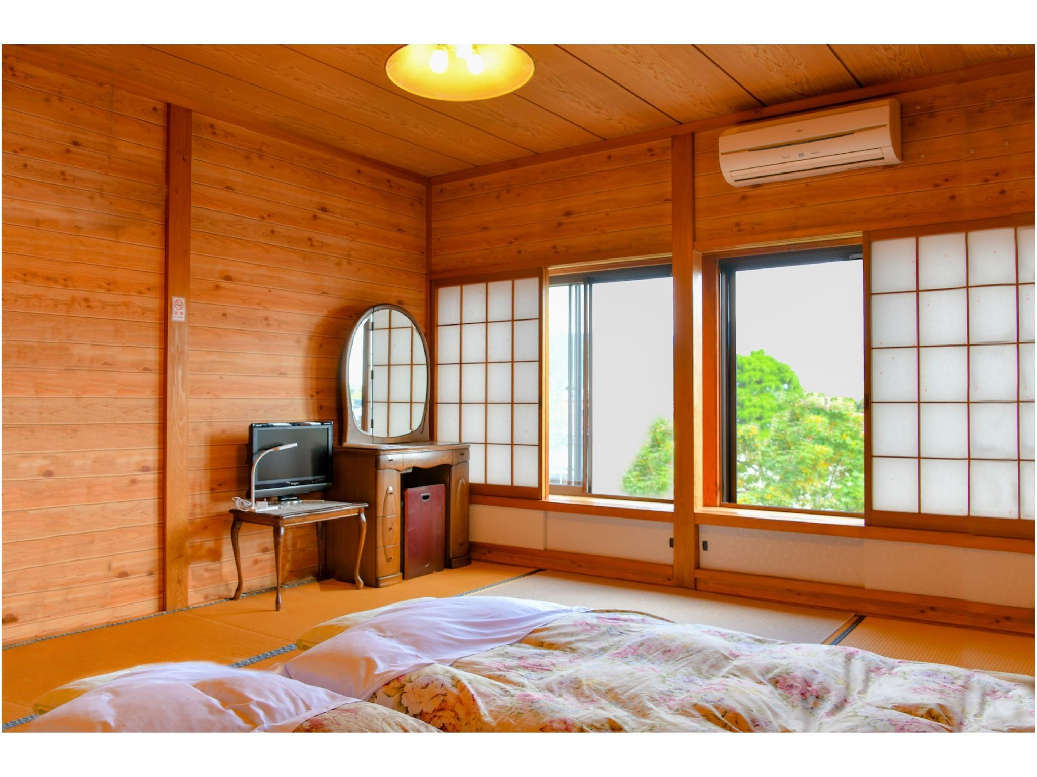 禁煙和室7.5畳バストイレ無し (Japanese-style Room *No bath or toilet in room)
