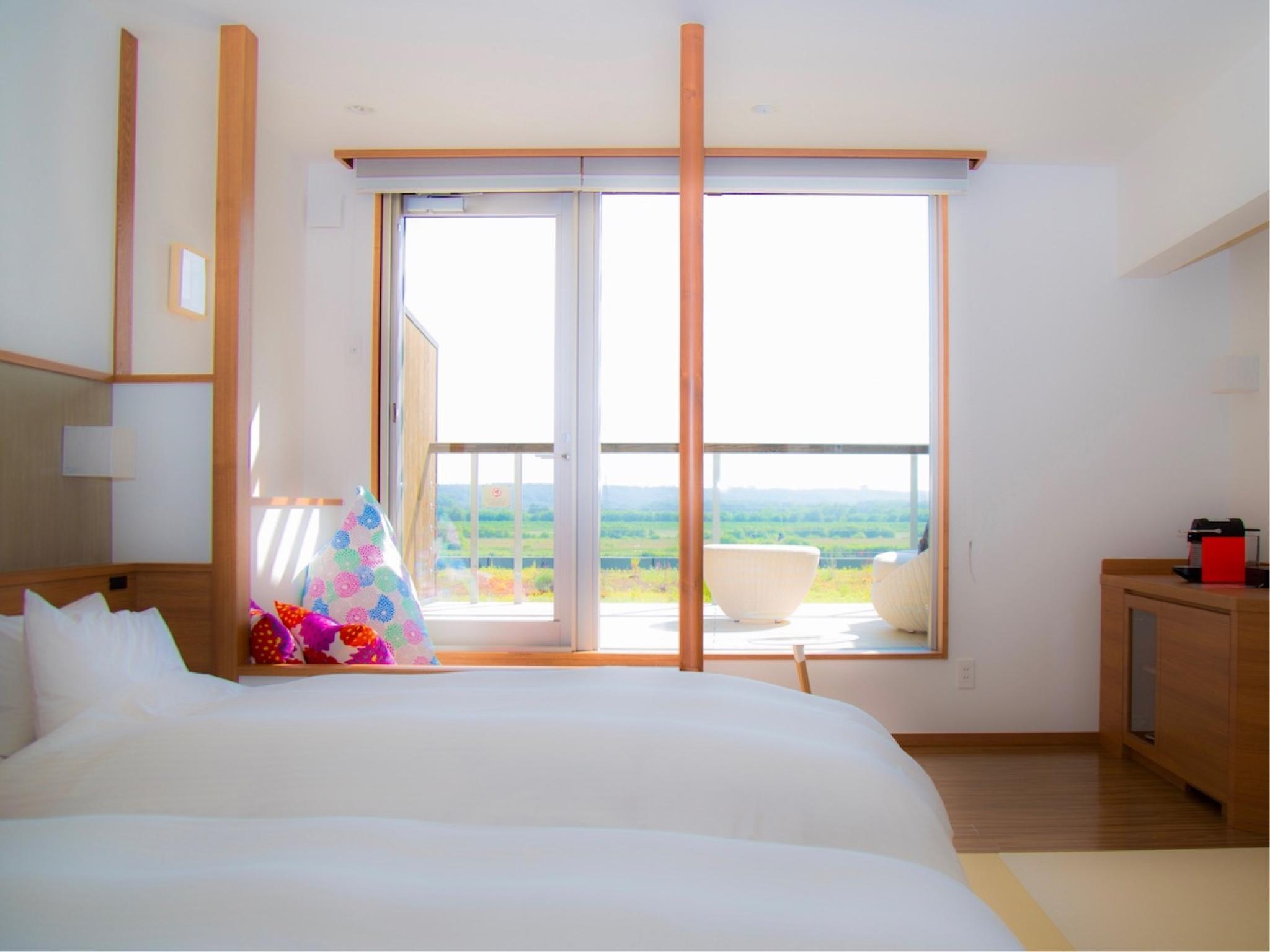 Japanese-style Twin Room with Deck