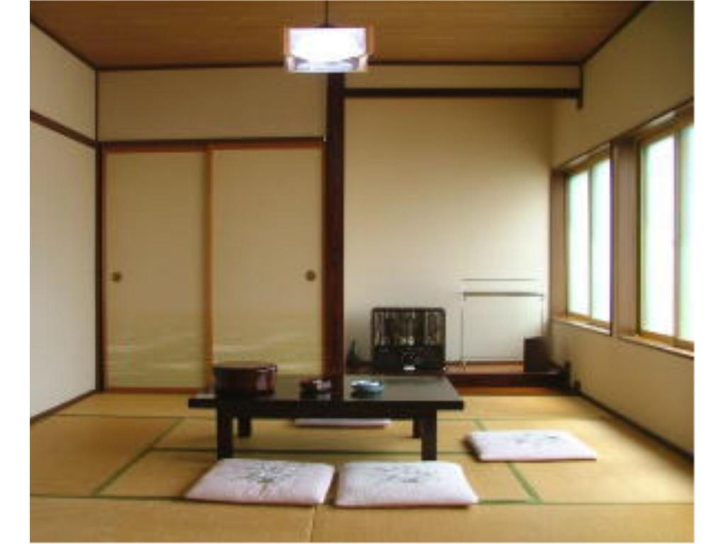 Japanese Style Room Main Building - Guestroom Toshichi Onsen Saiunso