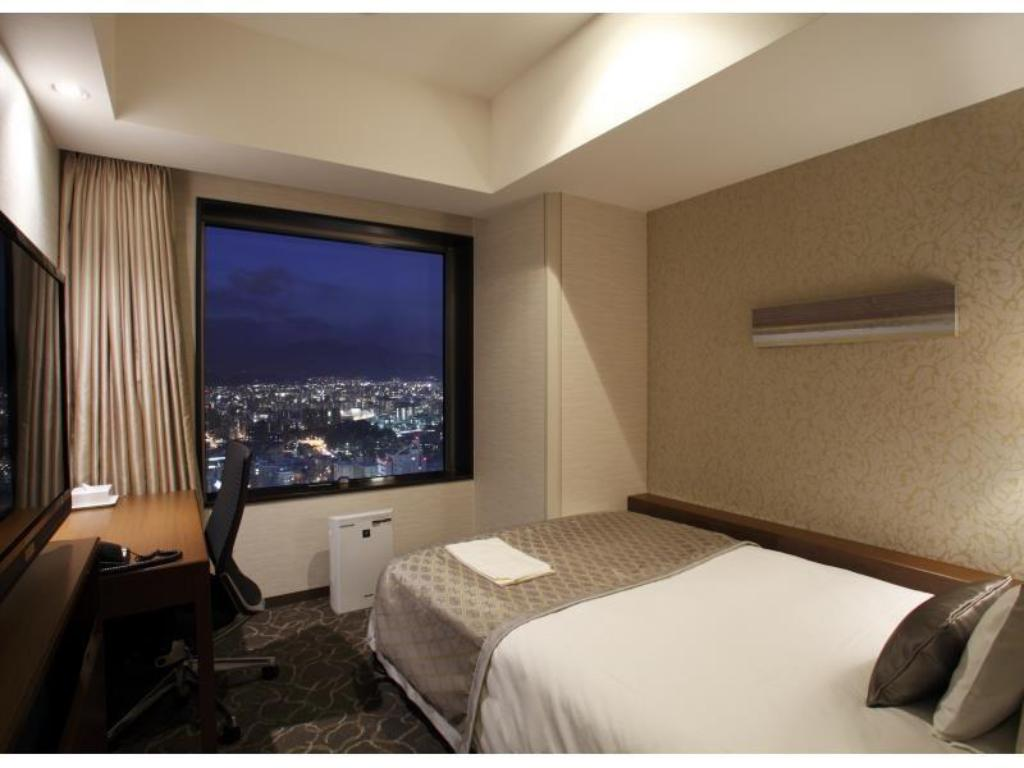 Moderate Single Room - Guestroom JR Tower Hotel Nikko Sapporo