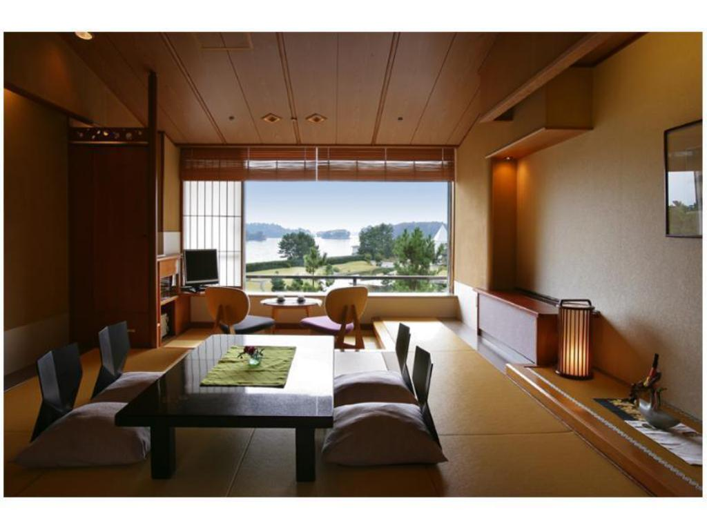 Japanese-style Room (Scenic View) - Guestroom