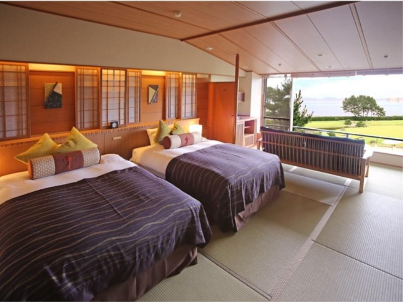 Japanese-style Twin Room (Scenic View)
