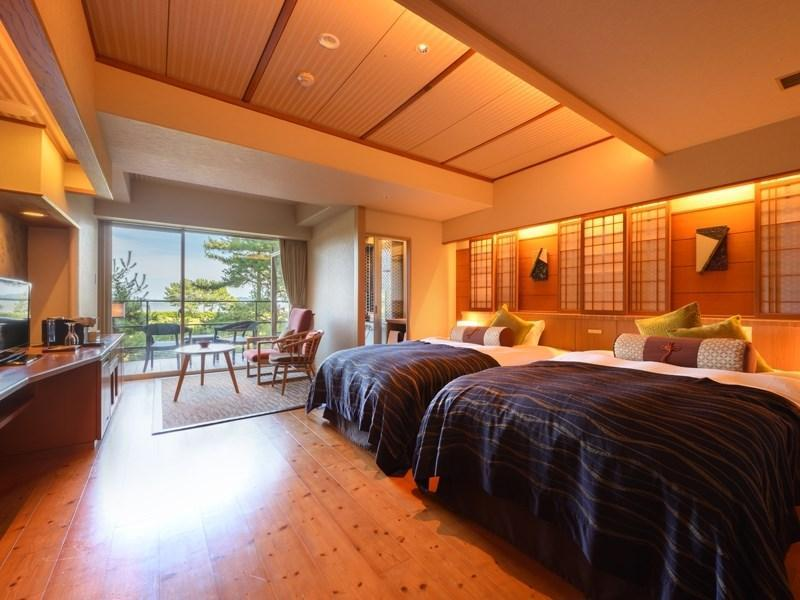 Japanese-style Twin Room with Scenic View Bath (Scenic View)
