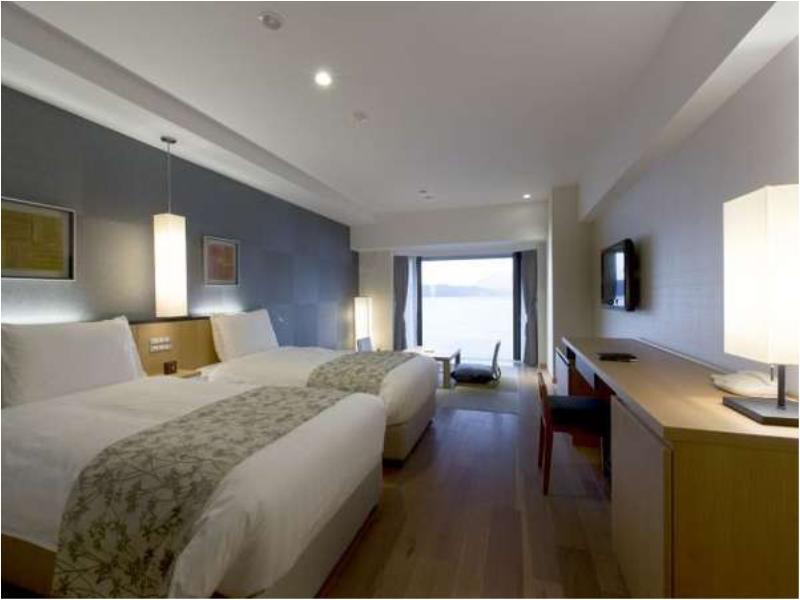 Standard Japanese/Western-style Room (2 Beds, Spa Resort Wing)