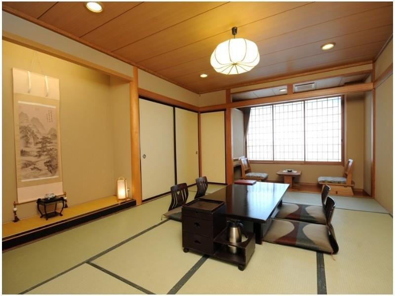 西館 和室 喫煙 (West Wing Japanese Style Room)