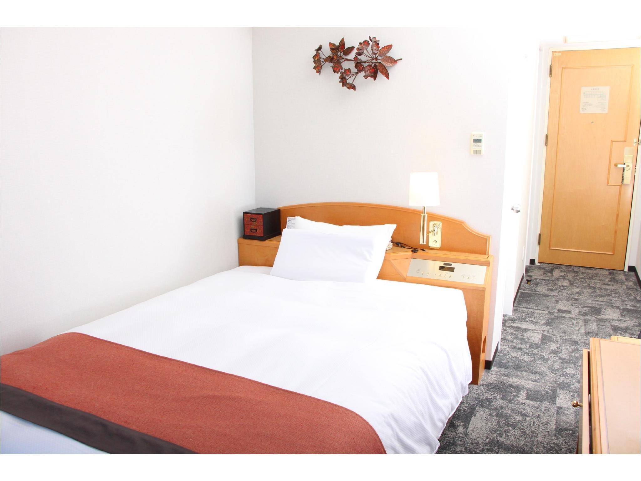 Deluxe Comfort Semi-double Room (Type A)