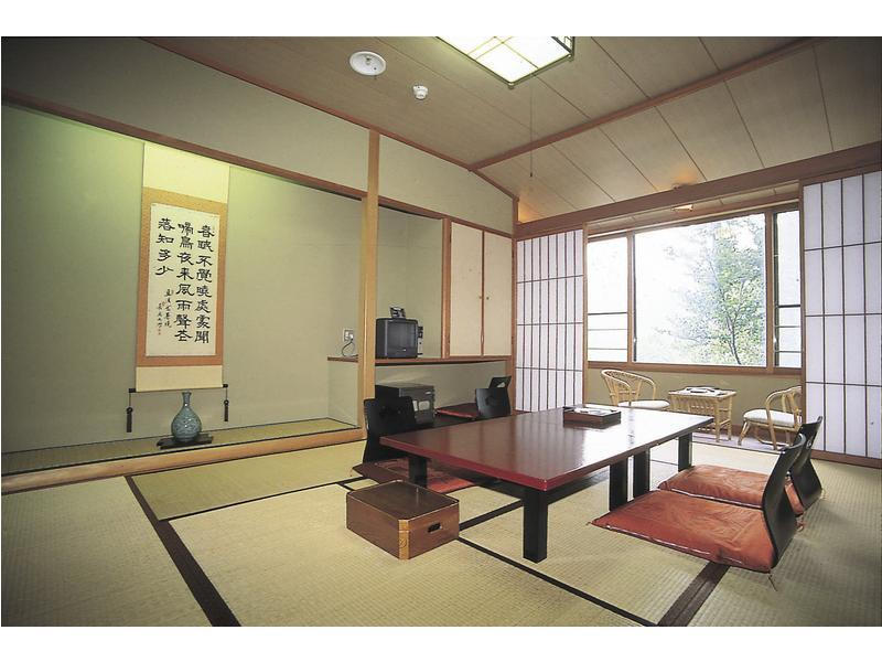 西館 精緻和式房 (Superior Japanese-style Room (West Wing))