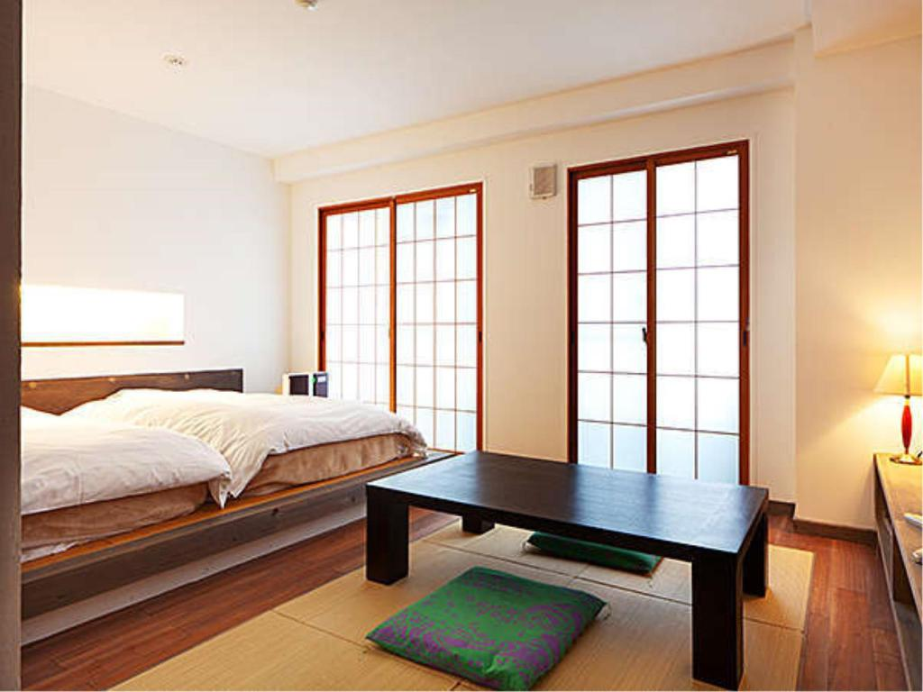 Japanese/Western-style Room with Kitchen *Refurbished room - ห้องพัก